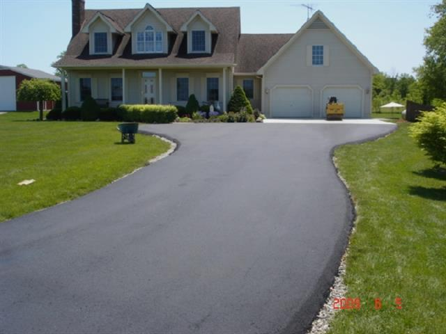 Finished drive- Asphalt Paving