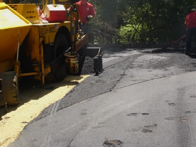 Laying Asphalt- Asphalt Paving