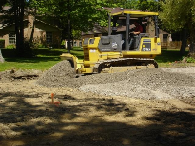 Laying Gravel and Leveling- Driveway Asphalt Paving
