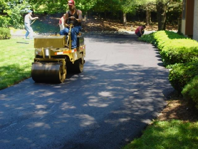 Smoothing the Asphalt- Asphalt Paving